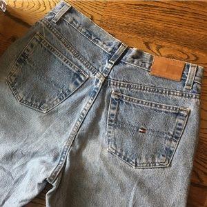 Vintage Tommy Hilfiger Jeans (1990s)!